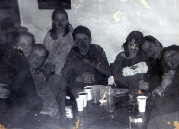 AZK-közösség a '90-es években