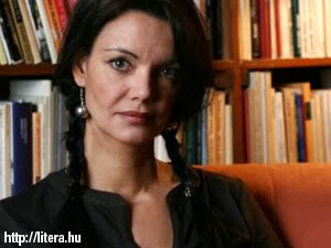 tothkrisztina_300